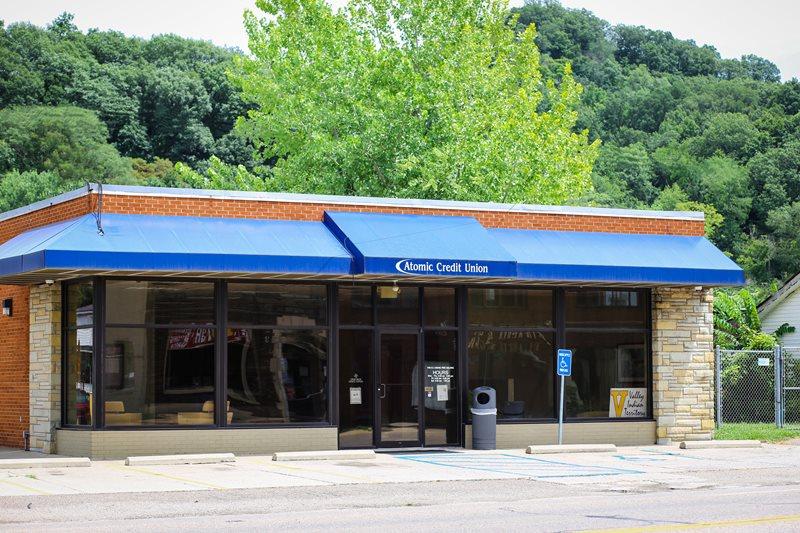 atomic credit union oak hill
